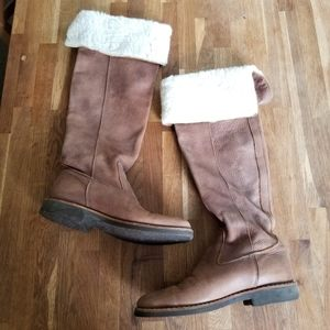Roots knee high shearling boots in tribe